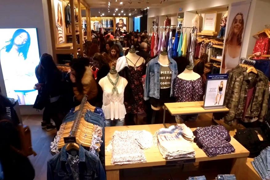 American Eagle Outfitters Opening Event